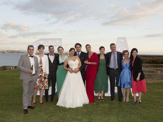 La boda de Alber y San en O Grove (Resto Parroquia), Pontevedra 42
