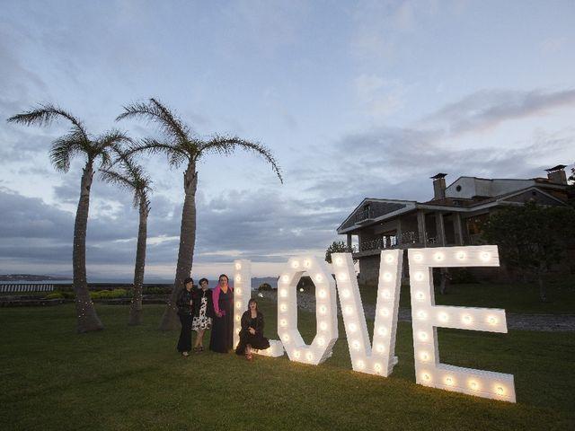 La boda de Alber y San en O Grove (Resto Parroquia), Pontevedra 45