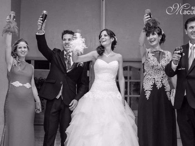 La boda de Santi y Arantxa en Castelló De Rugat, Valencia 1