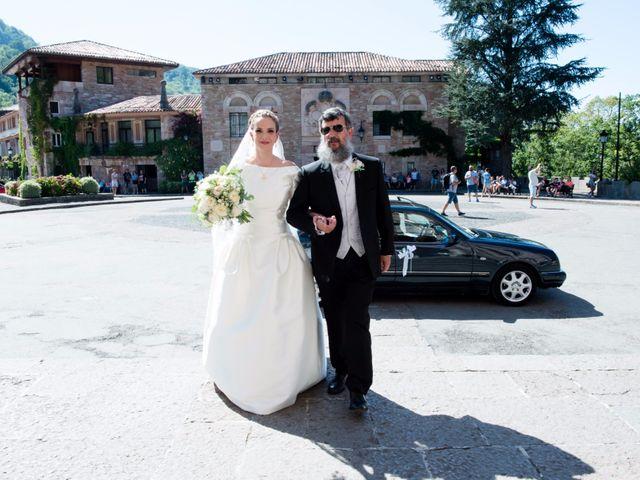 La boda de Jorge y Mª Luisa en Covadonga (Cangas De Onis), Asturias 13