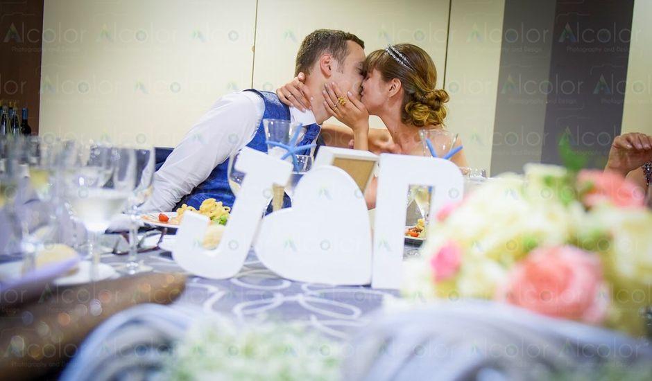 La boda de Jordi y Desirée en Coma-ruga, Tarragona