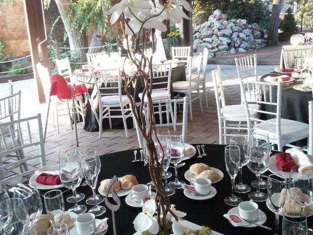 La boda de Adrián  y Yaiza  en Pinto, Madrid 4