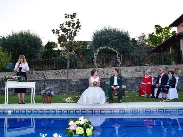 La boda de Javi y Saray en León, León 9