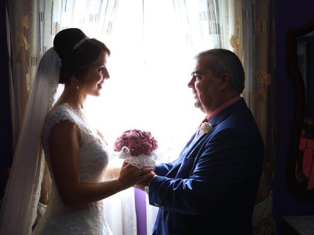 La boda de Miguel y Beli en Alhaurin El Grande, Málaga 33