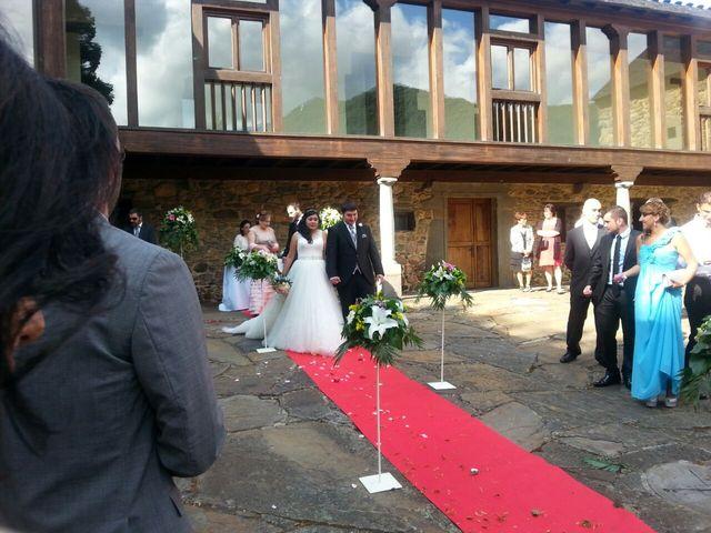La boda de Carla y David en Villablino, León 6
