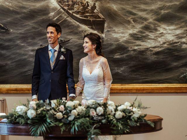 La boda de Alexander y Victoria en Baiona, Pontevedra 27