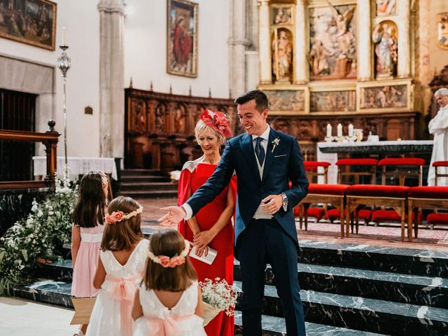 La boda de Carlos y Isabel en Caracuel De Calatrava, Ciudad Real 39