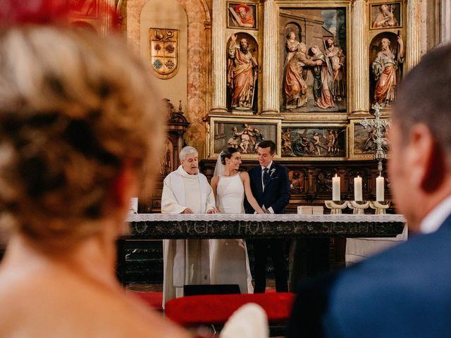 La boda de Carlos y Isabel en Caracuel De Calatrava, Ciudad Real 47