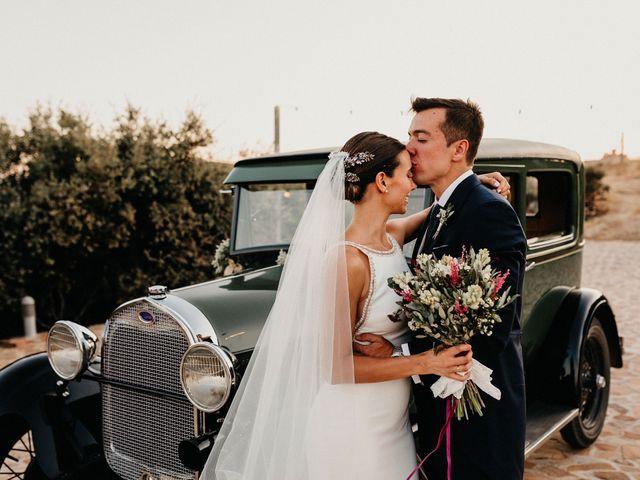 La boda de Carlos y Isabel en Caracuel De Calatrava, Ciudad Real 61