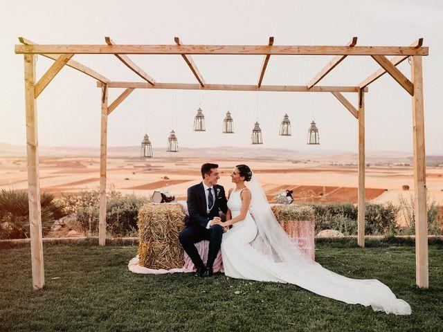 La boda de Carlos y Isabel en Caracuel De Calatrava, Ciudad Real 65