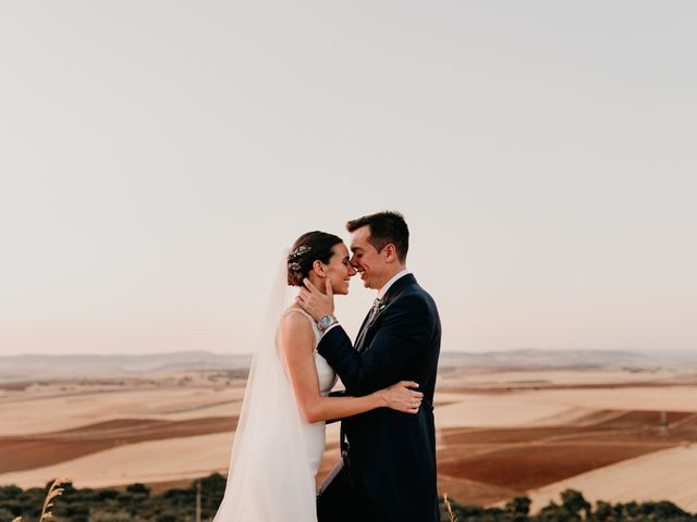 La boda de Carlos y Isabel en Caracuel De Calatrava, Ciudad Real 2