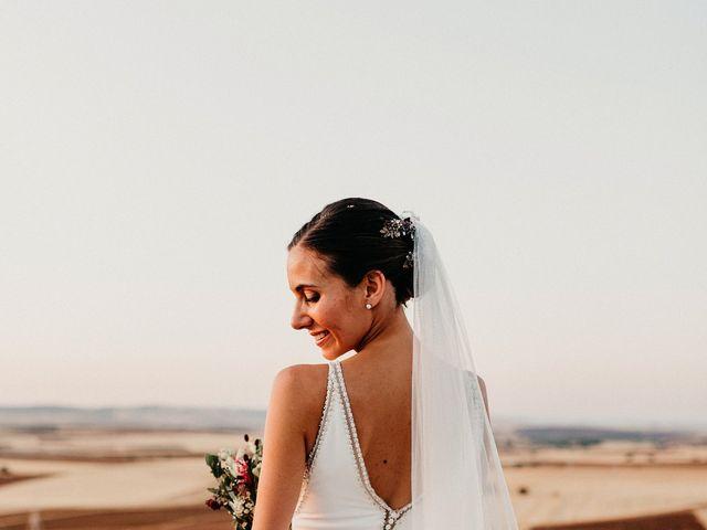 La boda de Carlos y Isabel en Caracuel De Calatrava, Ciudad Real 85