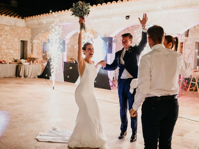 La boda de Carlos y Isabel en Caracuel De Calatrava, Ciudad Real 93