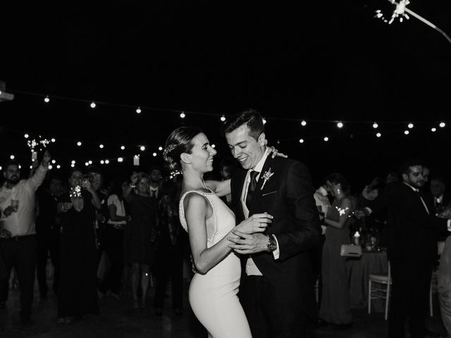 La boda de Carlos y Isabel en Caracuel De Calatrava, Ciudad Real 98