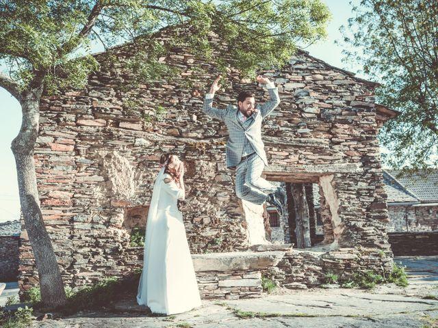 La boda de Javier y Thais en Campillo De Ranas, Guadalajara 56