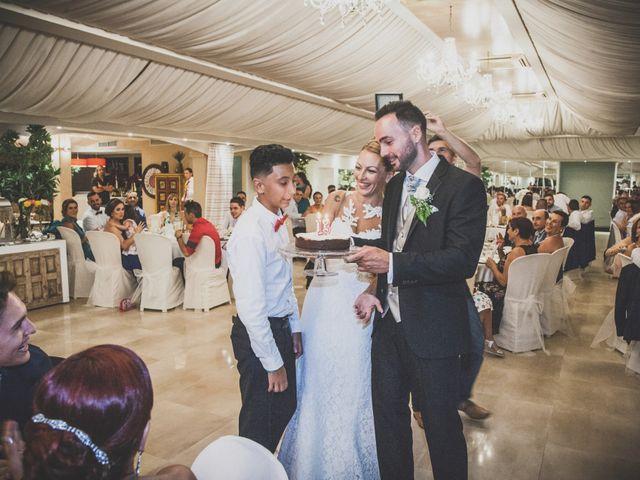 La boda de David y Keka en Torre Del Mar, Málaga 25