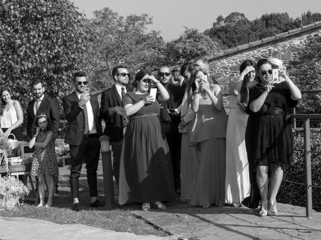 La boda de Javi y Laura en A Coruña, A Coruña 29