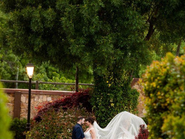 La boda de Miguel y Maite en Miraflores De La Sierra, Madrid 22