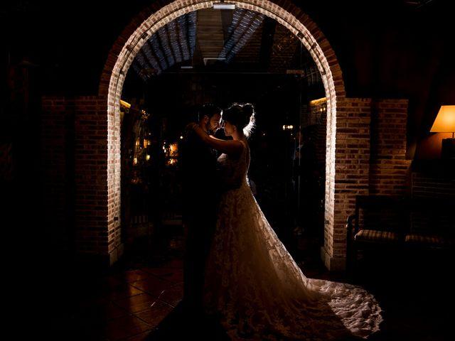 La boda de Miguel y Maite en Miraflores De La Sierra, Madrid 23