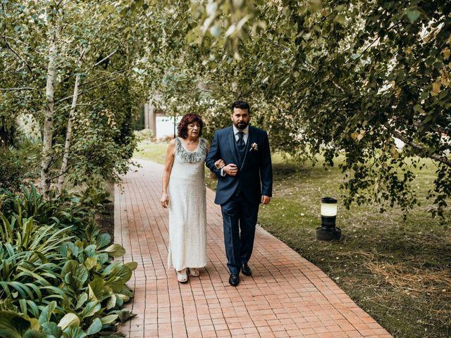 La boda de Sebastian y Maria en Montbrio Del Camp, Tarragona 20