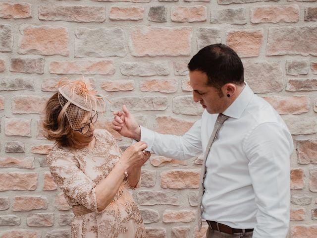 La boda de Iker y Maru en Otazu, Álava 17