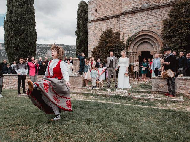 La boda de Iker y Maru en Otazu, Álava 50