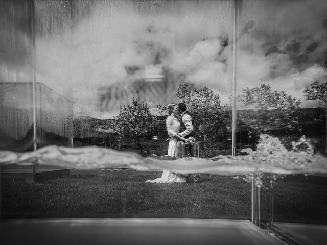La boda de Iker y Maru en Otazu, Álava 67