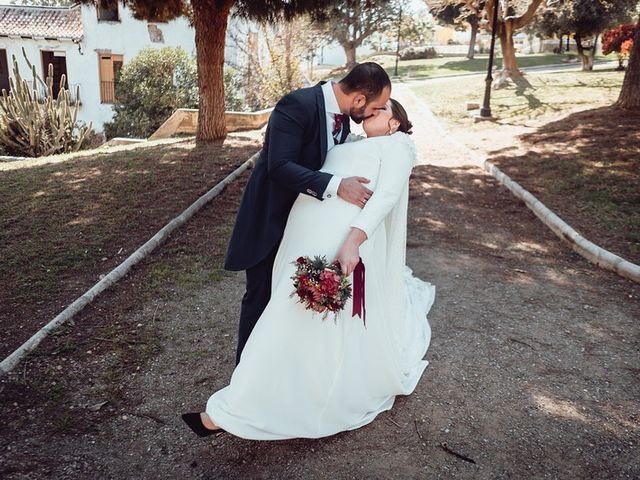 La boda de Javier y Isabel en Málaga, Málaga 17