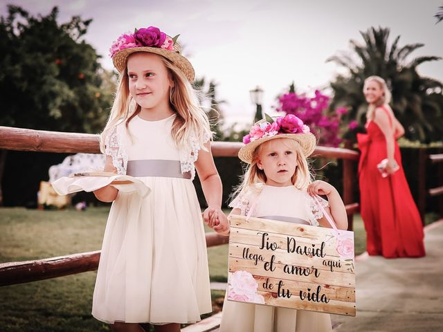 La boda de David y Marta en L' Ènova, Valencia 49