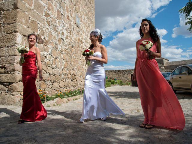 La boda de Rodolfo y Michelle en Oropesa, Toledo 35