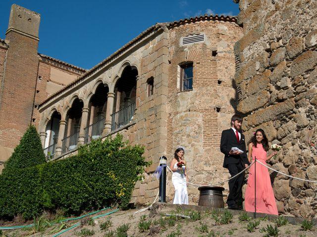 La boda de Rodolfo y Michelle en Oropesa, Toledo 53