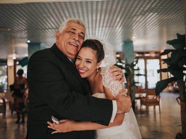 La boda de Gastón y Alejandra en La Manga Del Mar Menor, Murcia 8