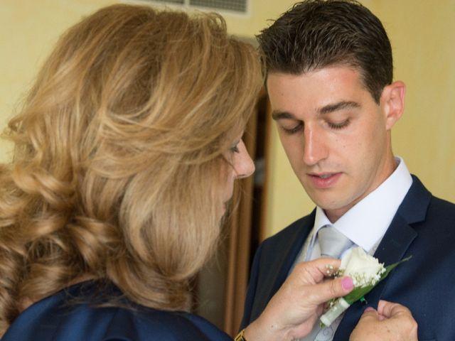 La boda de Víctor y Natacha en La/villajoyosa Vila Joiosa, Alicante 14