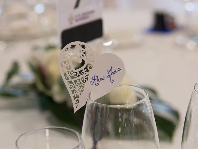 La boda de Víctor y Natacha en La/villajoyosa Vila Joiosa, Alicante 16