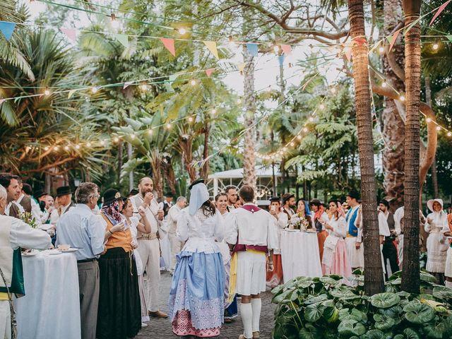 La boda de Alby y Candy en Arucas, Las Palmas 33