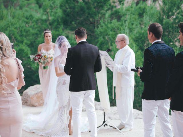 La boda de Daniel y Jossie en Cala De San Vicente Ibiza, Islas Baleares 22