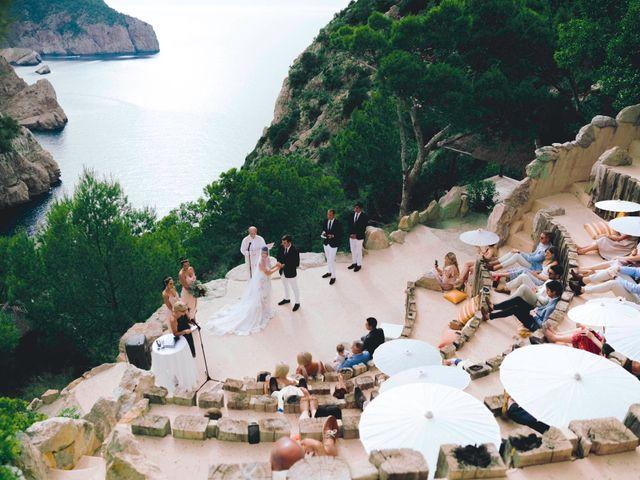La boda de Daniel y Jossie en Cala De San Vicente Ibiza, Islas Baleares 50