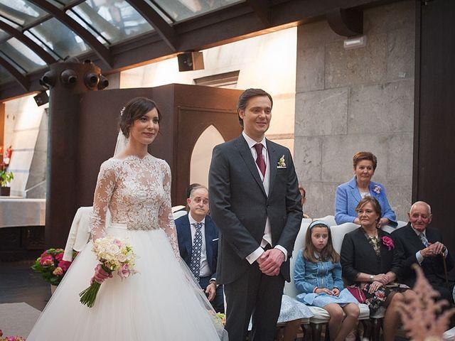 La boda de Sergio y Lorena en Algorta, Vizcaya 42