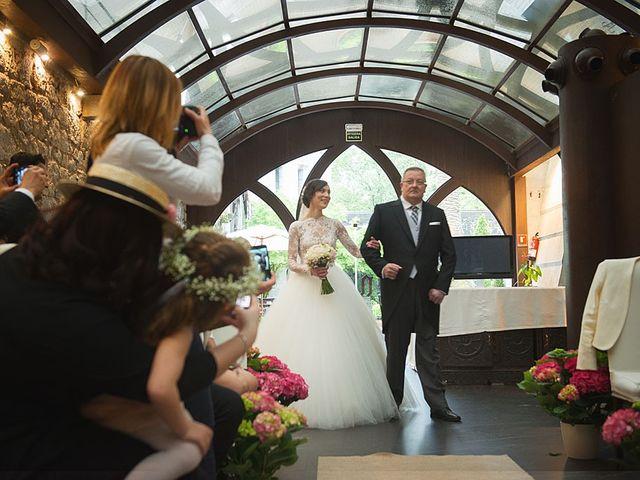 La boda de Sergio y Lorena en Algorta, Vizcaya 45