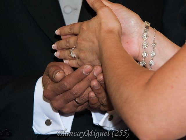La boda de Blanca y Miguel en Sevilla, Sevilla 6
