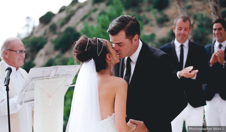 La boda de Daniel y Jossie en Cala De San Vicente Ibiza, Islas Baleares