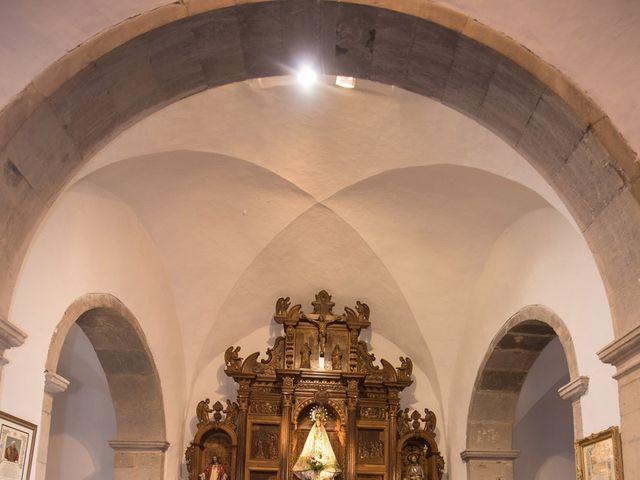 La boda de Jonatan y Yaiza en León, León 17
