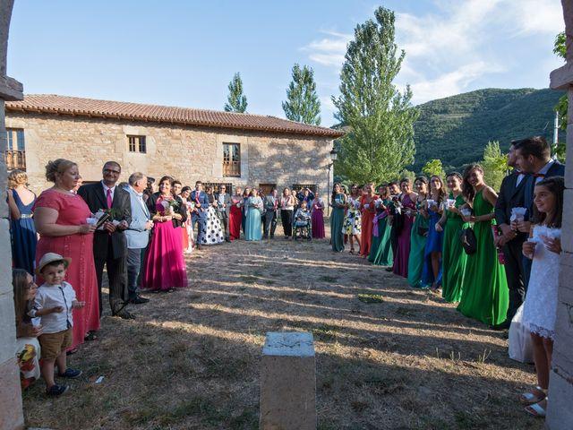 La boda de Jonatan y Yaiza en León, León 18