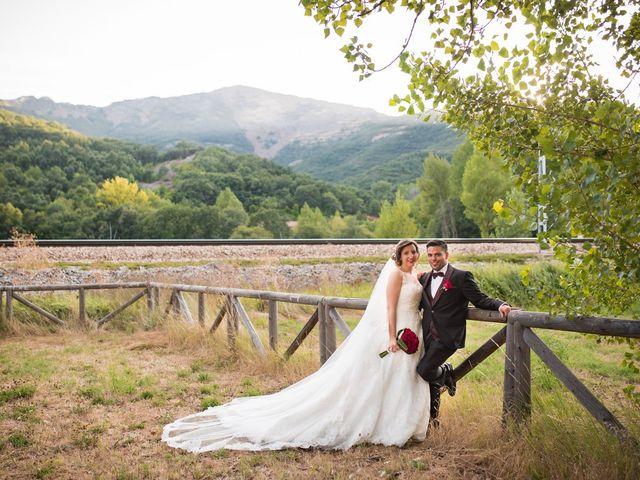 La boda de Jonatan y Yaiza en León, León 23