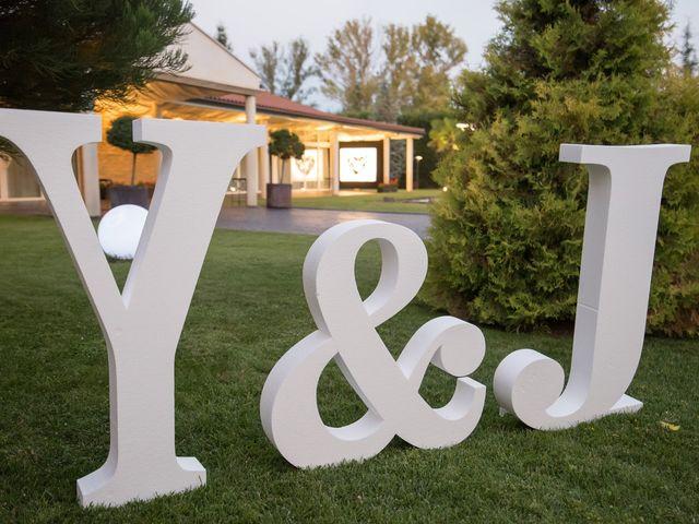 La boda de Jonatan y Yaiza en León, León 30