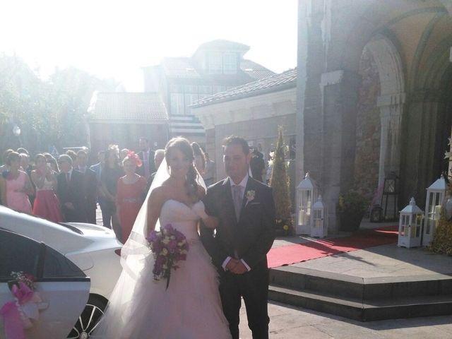 La boda de Román y Patricia en Avilés, Asturias 11