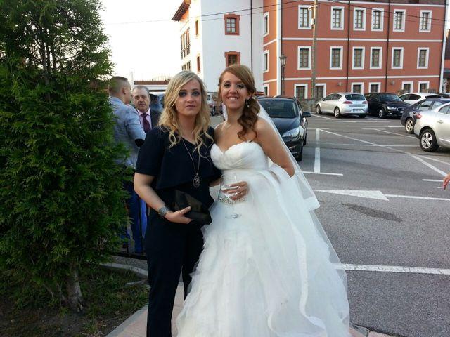 La boda de Román y Patricia en Avilés, Asturias 27