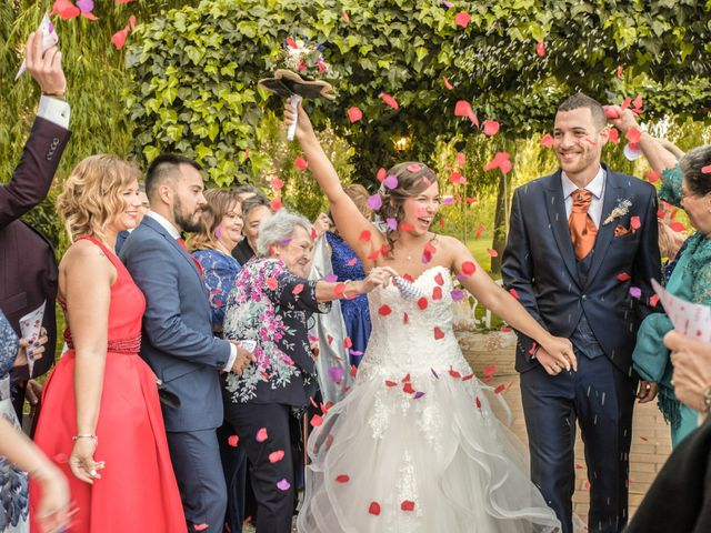La boda de Alex y Maria en Almudevar, Huesca 25
