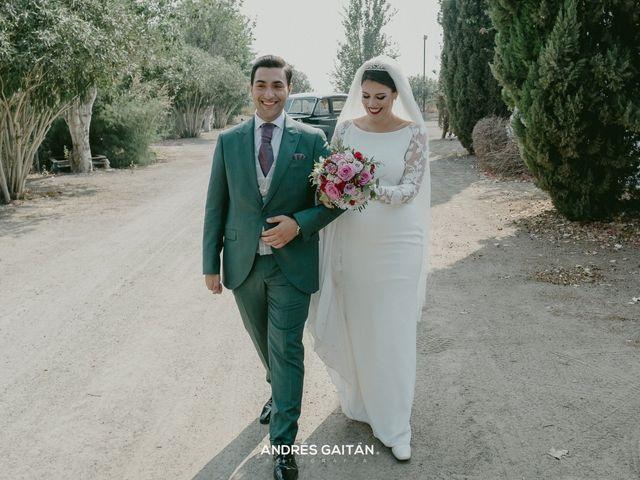 La boda de Ezequiel  y Macarena en Sevilla, Sevilla 2