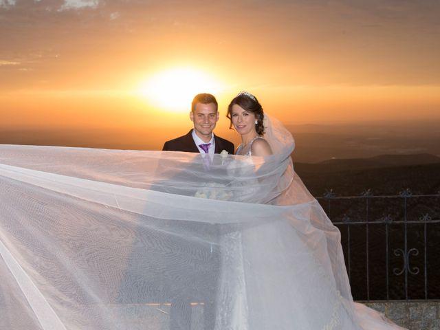 La boda de Araceli y Miguel Ángel en Lucena, Córdoba 27